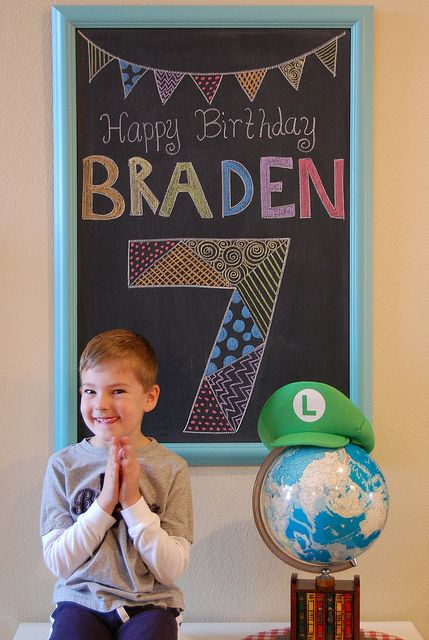 Cute idea for a birthday picture!