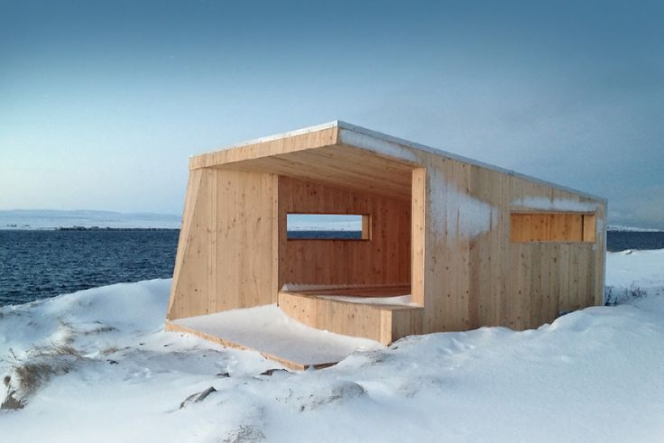 The bird hide is strategically located at the southern end of Steilneset. It provides a view towards Russia to the south and towards Vardø to the west. The hide has a central wall that provides shelter against wind from various directions, and offers views of the site which the birds frequent. Architect: Biotope  Photo: Tormod Amundsen/Biotope