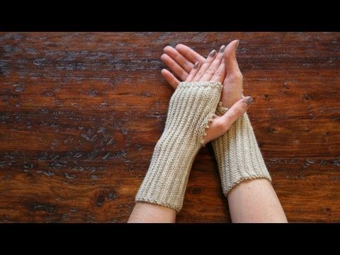 Runrig Muffatees Fingerless Mitts. She shows how to use provisional cast-on, picot stitch, & seamless join to make these comfy fingerless mitts with straight knitting, not a tube. Looks GREAT!