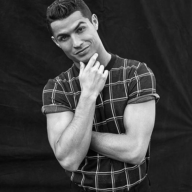 #cristianoronaldo #ronaldo #cr7 #blackandwhitephotography #fashion #menswear #mensfashion #mensphysique #muscles