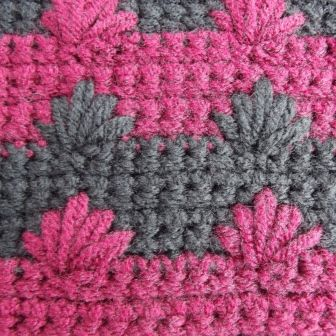 Crochet Tutorial for Puffy Spike Stitch. This interesting stitch adds texture to both sides of the work and is reversible too! <3