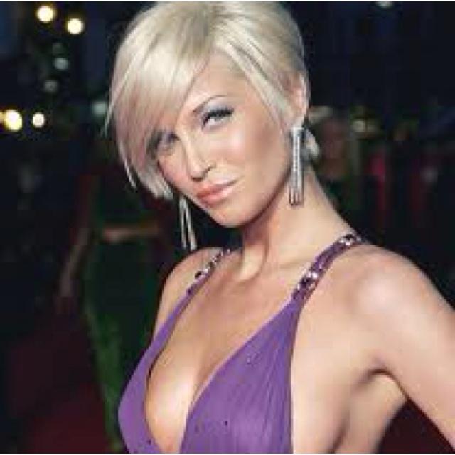 Naked blonde short haircut woman