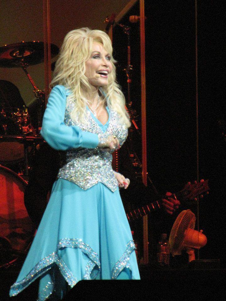 Dolly Parton 'Blue Smoke' World Tour