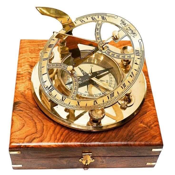Mosiężny, żeglarski kompas z zegarem słonecznym, stylowy marynistyczny zegar słoneczny z mosiądzu z kompasem ⛵️ nobilitujący morski element wystroju wnętrz 🎁 prestiżowy prezent dla Żeglarza i Ludzi Morza, niepowtarzalna marynistyczna dekoracja, niezwykły żeglarski prezent, marynistyczny upominek, dodatek morskim stylu  🌏 https://sklep.marynistyka.pl/zegary-sloneczne-i-inne-c-6.html