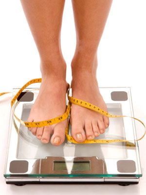 What your scale shows on Tuesday through Friday actually determines whether you're losing or gaining weight. #loseweight #monday