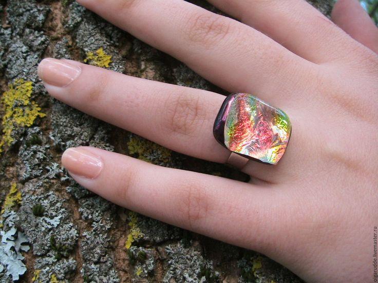 Купить Кольцо из стекла Нектар. Фьюзинг. - коралловый, сеьги, кольцо, фьюзинг украшения, стекло для фьюзинга