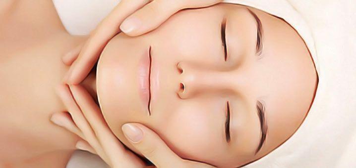 Massage facial anti-âgemaison.Les clés pour un massage facial efficace. Illuminer le visage,agrandirle regard,repeuplerles joues. Massage facial en 4 étapes