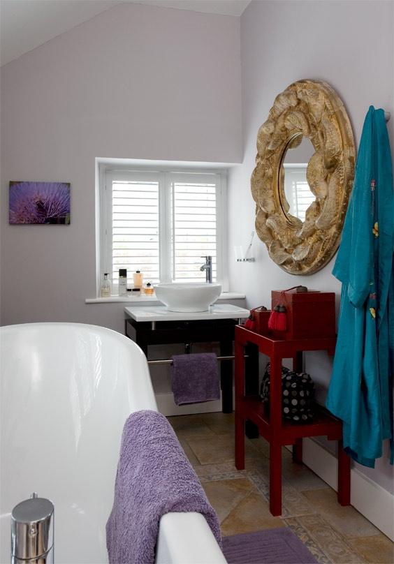 Cuarto de baño en una casa de campo victoriana, http://www.achica.es/achicaliving/2012/05/la-magnifica-guia-para-el-hogar-3/#