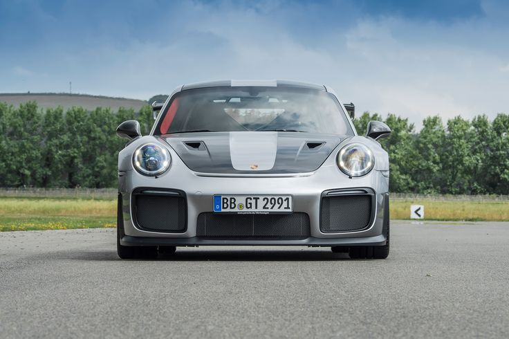 New Porsche 911 GT2 RS graces the Goodwood Festival of Speed with 690bhp - Pictures