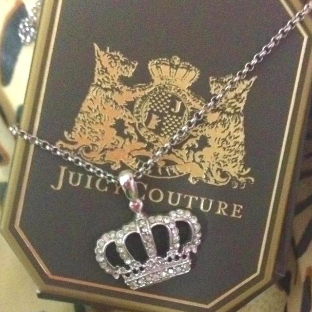 22 best princess crown necklace images on pinterest princess crowns princesses and princess. Black Bedroom Furniture Sets. Home Design Ideas