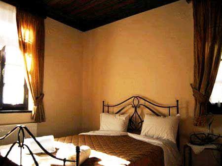 Διαμονή στο Ξενοδοχείο Καμάρες στο Τσεπέλοβο Ιωαννίνων