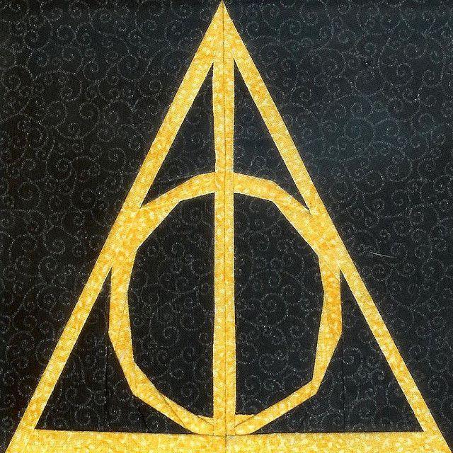 74 best Quilts – Harry Potter/Bookcases images on Pinterest | Quilt block patter…
