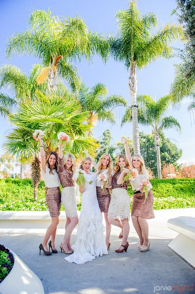 Im obsessed with mormon weddings... why? I MEAN COME ON! LOOK THEYRE SO FABULOUS!