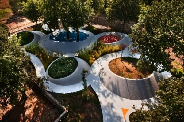 Sensational Garden by Nabito Architects in Frosinone, Italy