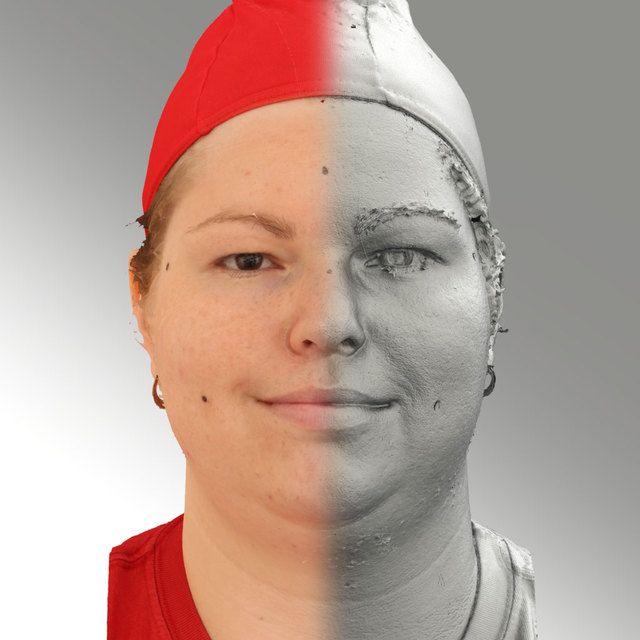 3D Head Scan Of Natural Smiling Emotion   Misa