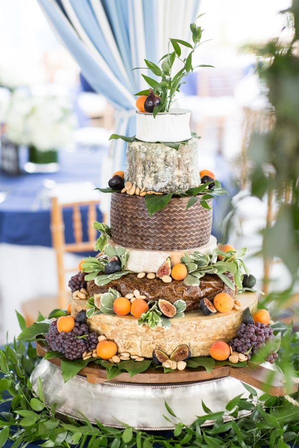 A towering cheese cake: http://www.stylemepretty.com/new-york-weddings/southampton/2015/10/20/elegant-black-tie-hamptons-beach-wedding/ | Photography: Kelsey Combe - http://kelseycombe.com/#!/HOME