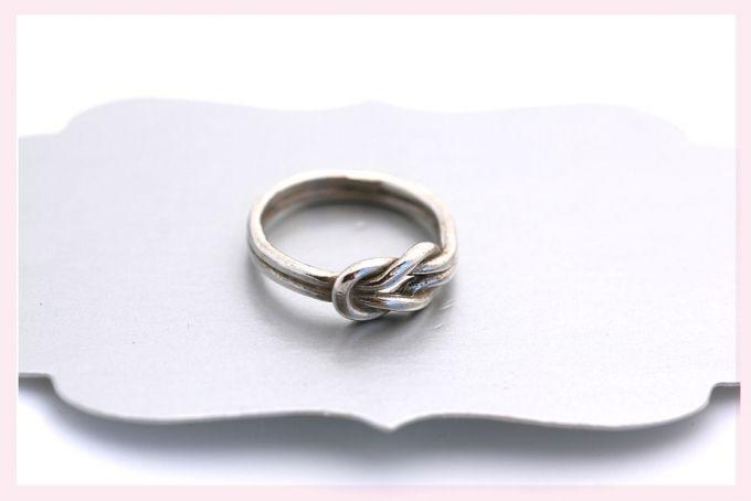 Silver Double Knot Ring by Janine Binneman Jewellery Design on hellopretty.co.za