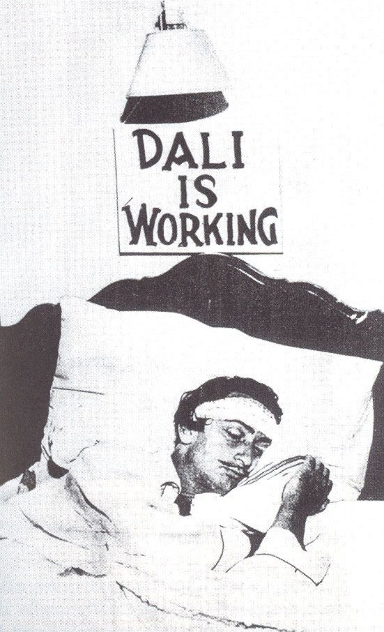 dalí is working