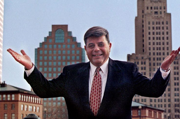 Providence's beloved rogue Mayor Buddy Cianci dies at 74