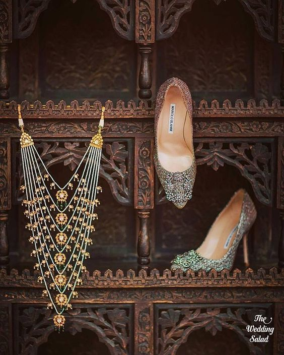 How stunning is this bridal shoes and jewellery shot by the wedding salad #Frugal2Fab