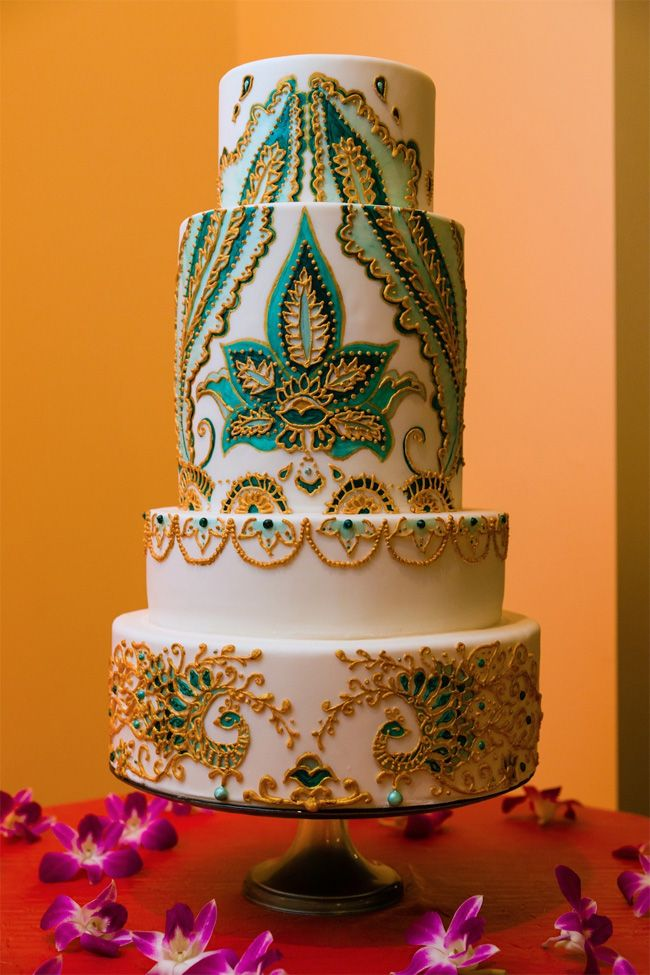 Beautiful Mehndi Design Wedding Cake. Indian Weddings Inspirations. Blue Wedding Cake. Repinned by #indianweddingsmag indianweddingsmag.com #weddingcake