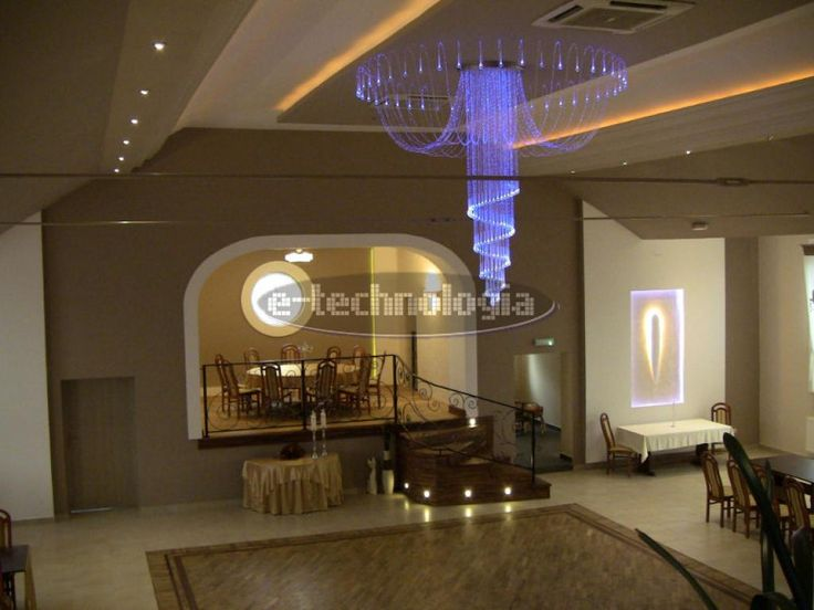Octopus chandelier Fiber is the original project of e-technology. It is a complete set of high quality, meeting the expectations of even the most demanding customers. It fits perfectly with all kinds of decor. Lamp Fiber to the wedding hall of our company will become the main decoration, in addition moody way illuminating the floor, walls, ceiling. Octopus chandelier Fiber is the best kind of decorative lamps. www.e-technologia.pl