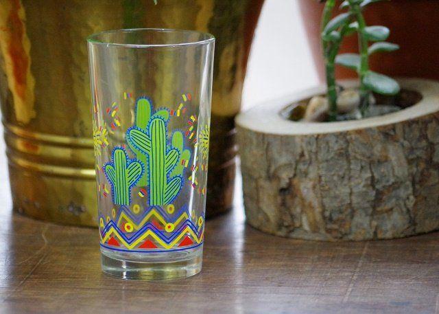 szklaneczka z kaktusem