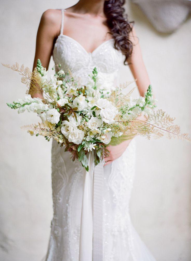 pingl par la mari e aux pieds nus sur bouquet de mariee bridal bouquet pinterest bouquet. Black Bedroom Furniture Sets. Home Design Ideas