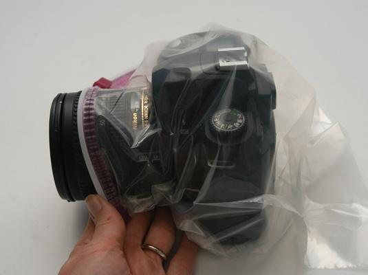 Cum sa protejezi aparatul foto cand ploua
