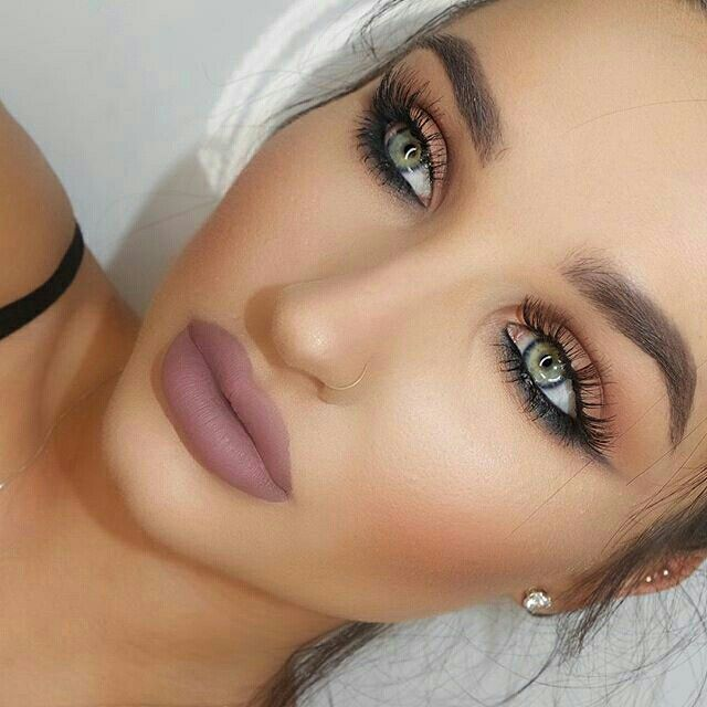 Obsessed with this makeup - Natural eye lid makeup with no eyeliner but a dark lower lash line & matte nude lips - My everyday makeup♡