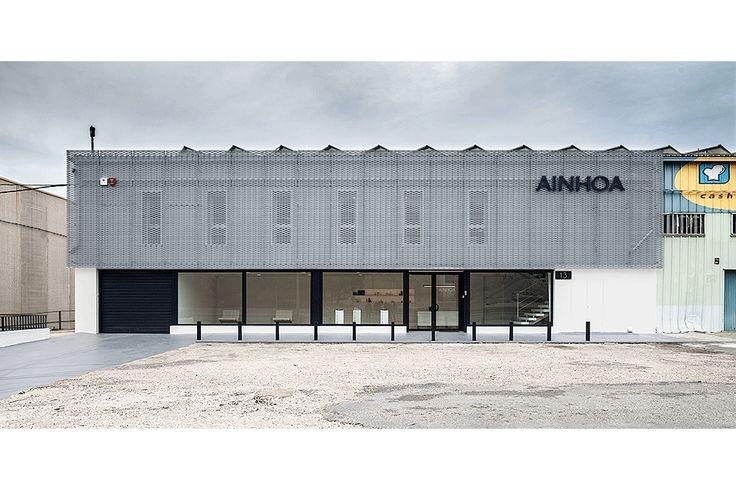 M s de 1000 ideas sobre reforma fachada en pinterest - Diseno nave industrial ...
