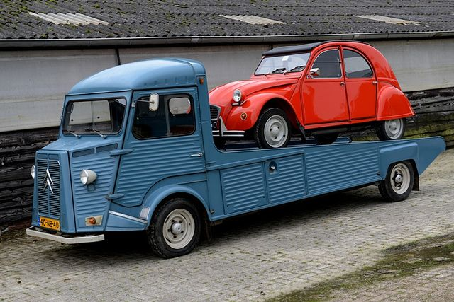 'The Transporter' by CitroenAZU on Flickr.
