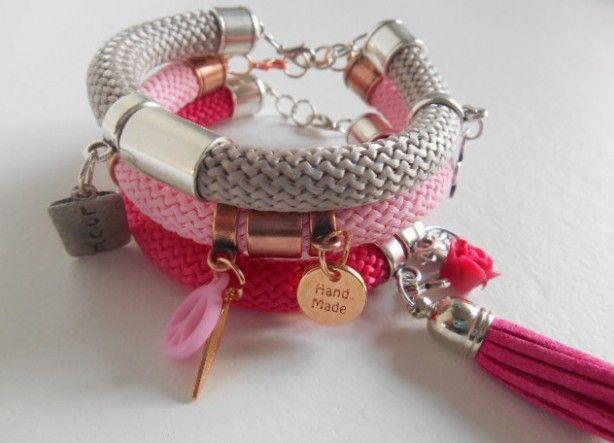 Leuke armbanden gemaakt van hippe koorden en metalen schuivers. Zelf maken of gewoon kopen. Gezien bij Puck  Pol