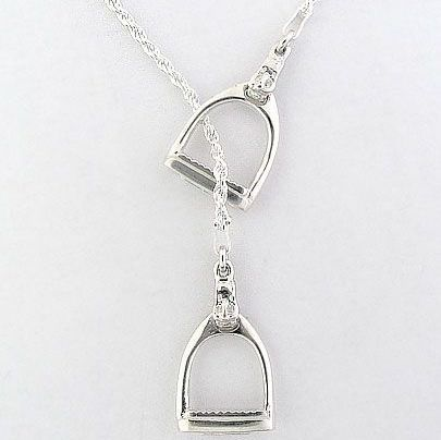 ACCESSORIZE: Equestrian Stirrup Necklace