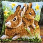 Mother and Baby Rabbit - Kruissteekkussen - Vervaco