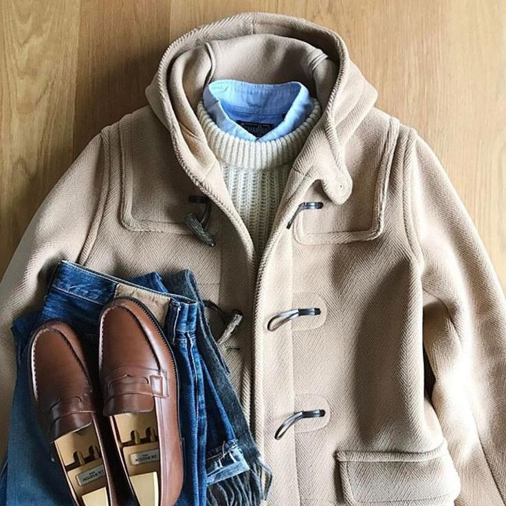 "2,383 Likes, 6 Comments - Michael Allen (@mallenpics) on Instagram: ""@the.daily.obsessions #menscoats #Invertere Glen Isla #DuffleCoat #JohnTulloch Wool #RibbedSweater…"""