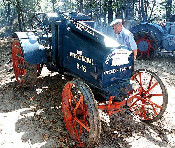 Les 25 meilleures id es de la cat gorie tracteurs anciens sur pinterest tra - Siege tracteur ancien ...