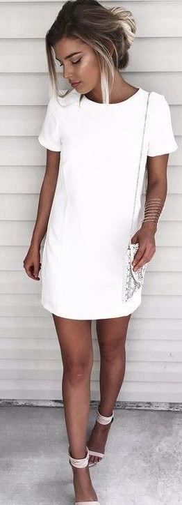 Shift dresses make the cutest simple white dresses!