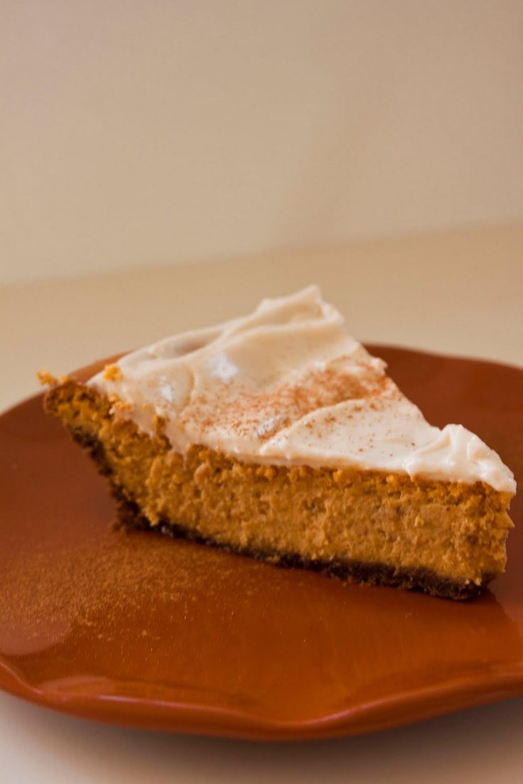 Pumpkin Cheesecake with Gingerbread Crust and Marshmallow Sour Cream ...