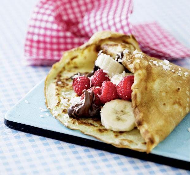 Pandekager med nutella, kokos og frugt