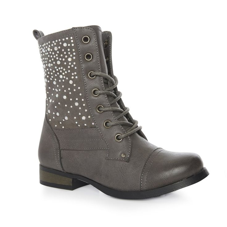 I can swueeze into a size 5 surrly!? Haha Primark - Kids' embellished worker boot