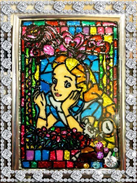 100均ガラス絵の具で不思議の国のアリス