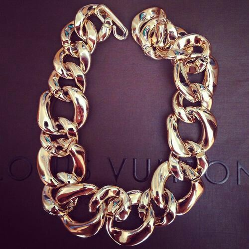 #vuitton #gold #chain #necklace