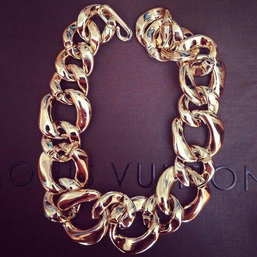 #vuitton #gold #chain #necklace