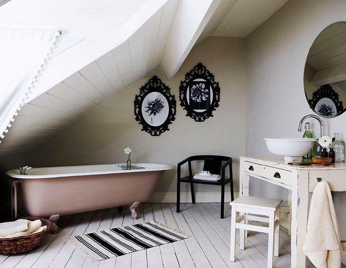 On instagram by aonasi_net #homedesign #contratahotel (o) http://ift.tt/1nj1Tr5 ванной комнаты. Bathroom. #aonasi_net #aonasi #bath #bathroom #bathtime #room #flat #style #beautiful #retro #cool #design  #interiordesign #decor #interior #дизайн #ванна #ванная #чердак #комната #интерьер #красиво #красота #круто #стиль #ретро #светло