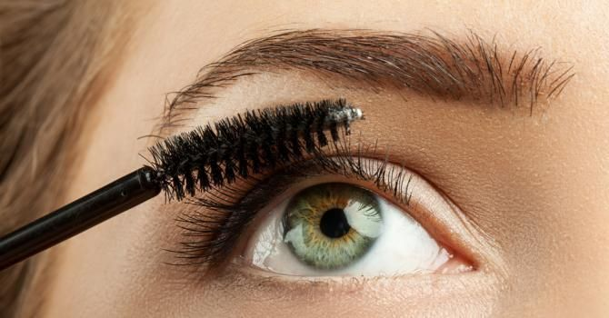 Mascara marron ou brun : on en pense quoi ?