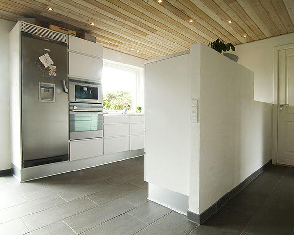 Hvor dansk hygge og moderne funktionalitet mødes – renovering af køkken i Esbjerg