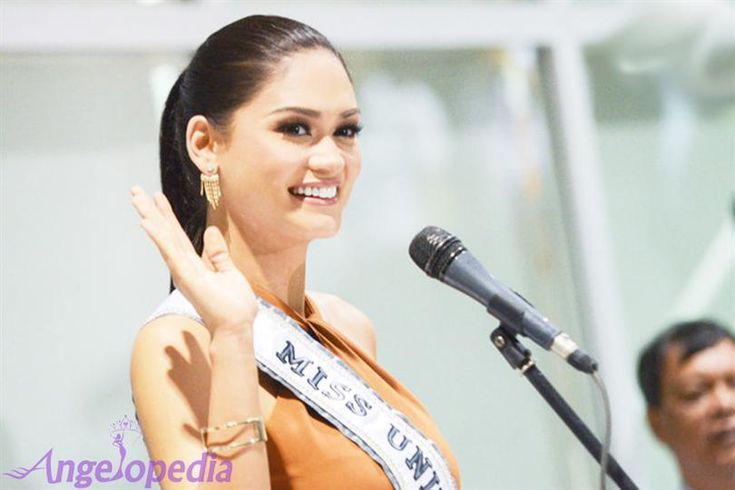 The Queen is back! Miss Universe 2015 Pia Wurtzbach returns to Philippines
