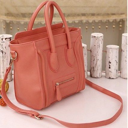 RBA2020 Colour Pink  Material PU  Size L 24.5 W  15 H 18  Weight 0.8  Price Rp 230.000.00