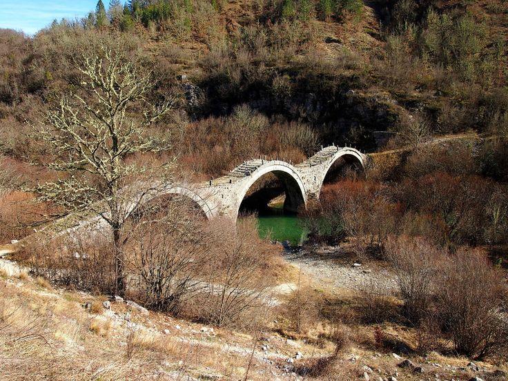 https://flic.kr/p/p1LLVG | Plakidas' or Kalogeriko (Monk) 3 arced stone bridge | Historical 3 arced stone bridge over Voidomatis River near to Kipi Village at Zagori, Epirus.